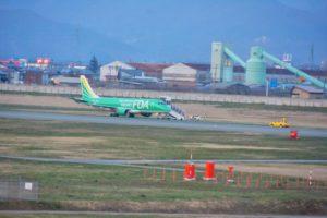 日本山形机场出现严重隐患 飞机起飞时偏离跑道