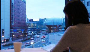 Blue Hour Kanazawa ──眺望金泽车站鼓门的绝赞景观!