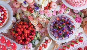 一起沉醉在被花包围的梦幻世界吧!草莓点心自助吧