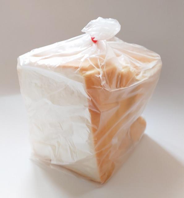 富士食品パン工場直売所の食パン