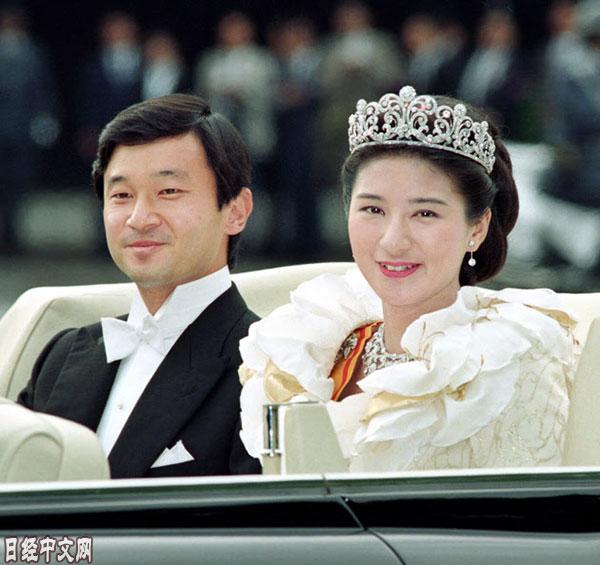 日本新天皇和皇后的纽带