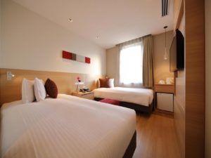 顶层露天风吕叹温泉@Red Roof Inn & Suites Osaka