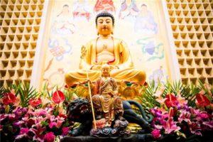 地藏菩萨能满众生一切所求,还能灭一切重罪