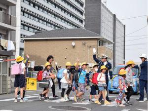 日本春季交安运动孩童安全通行列要务