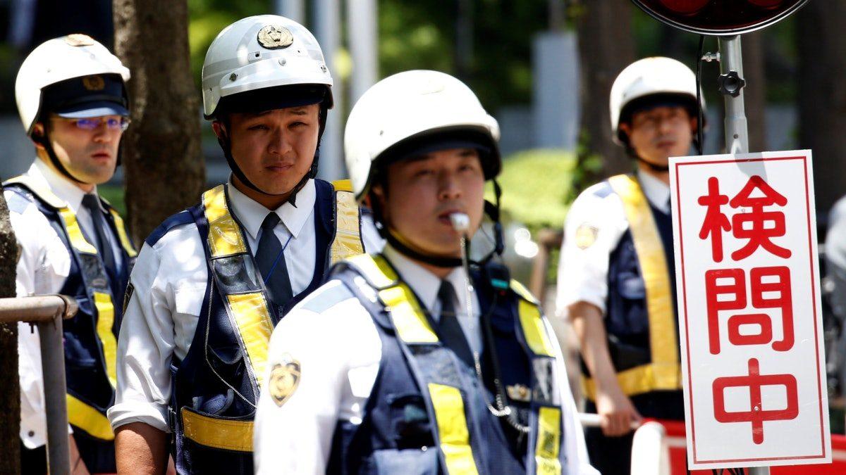 【特朗普访日】东京集合2.5万警察护卫美国总统