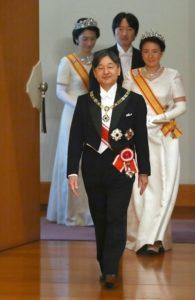 跟平成一起毕业日本史学者:告别纠结年代