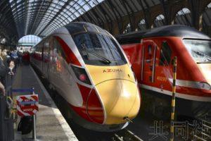 日立生产的新列车AZUMA在英国运行