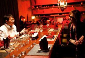 X Japan团长密访台同框成龙被洗版「他是香港之耻」