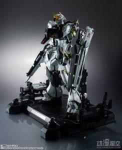MS解体匠机RX-93 v高达模型:精密可动 售价6000元