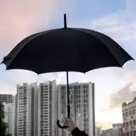 日本高温天气难耐 男士阳伞成为父亲节畅销礼物