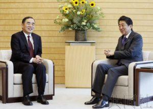 安倍会见中国驻日大使孔铉佑 期待日中首脑会谈