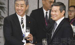 日韩防长举行非正式会谈 未就雷达照射达成共识