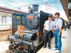 日铁道迷来台追「仲夏宝岛号」