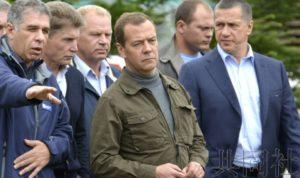 俄总理梅德韦杰夫拟前往北方四岛中的择捉岛
