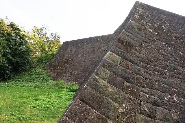 城郭の石垣(打込み接ぎ[うちこみはぎ])