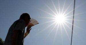 日本持续酷暑 上周有1.2万人因中暑送医23人死亡