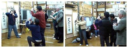 サムライ&ニンジャ体験ツアー プログラム4 楽しく記念撮影 正柳館オフィシャルサイトから引用