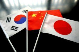 日中韩外长会谈拟面向12月三国峰会协调日程