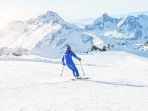 滑雪度假夯日本雪场自由行3.7万