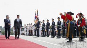 焦点:美防长结束首次出访 未能促使日韩改变态度
