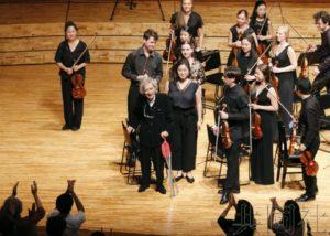 小泽征尔时隔一年再次在音乐节担任指挥