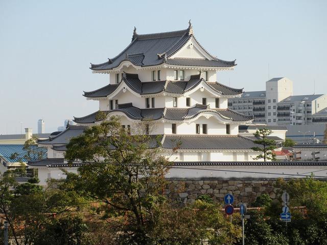 尼崎城復興天守