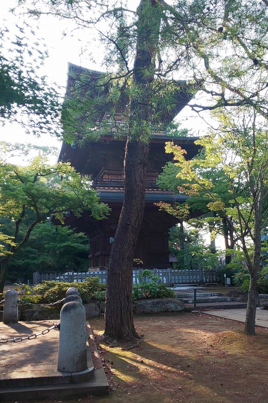 豪徳寺境内(世田谷城「前郭」)にある三重塔
