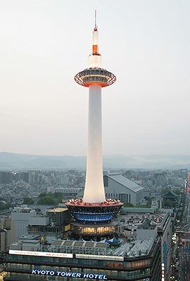 京都タワー(131m 京都府京都市) 全日本タワー協議会HPから引用