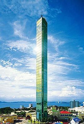 ゴールドタワー(158m 香川県綾歌郡宇多津町) 全日本タワー協議会HPから引用