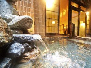 提供免费宵夜与大浴场可泡汤|天然温泉锦鯱之汤Dormy Inn PREMIUM名古屋荣