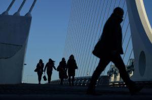 详讯:70%的日本人对增税后经济前景感到不安