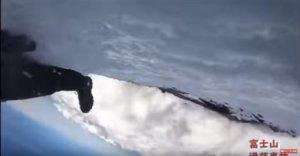 影/直播中摔下富士山!他惨叫录最后影像…惊悚15秒曝光