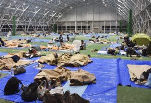 台风哈吉贝肆虐东京1避难所拒街友惹议