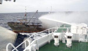 日本执法船与朝鲜渔船相撞 朝方60名船员全部获救