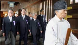 焦点:日本阁僚是否参拜靖国神社备受关注