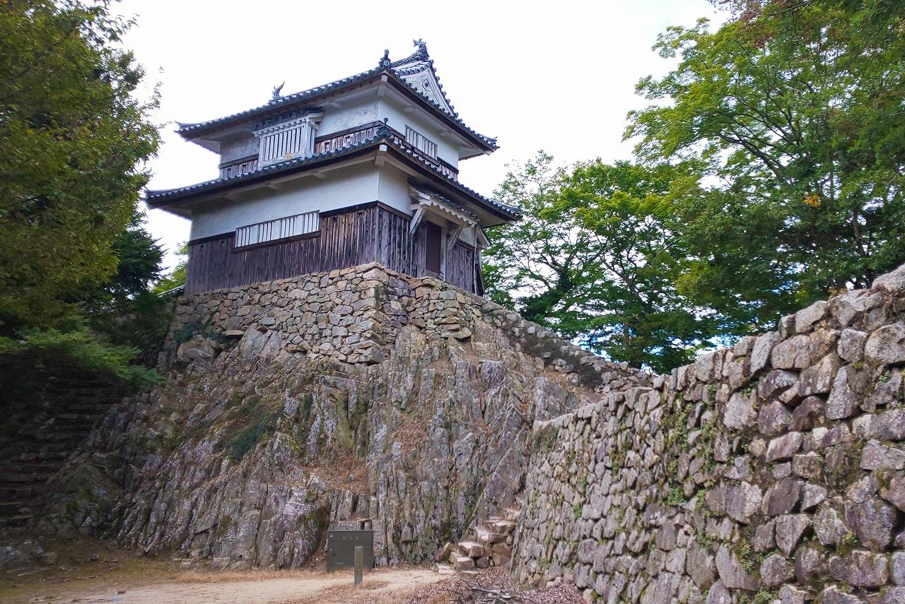 備中松山城搦手側から観た二重櫓
