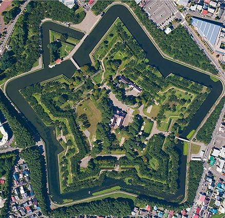 なんと、城ぬいぐるみもある五稜郭(北海道函館市)【連載:アキラの着目】