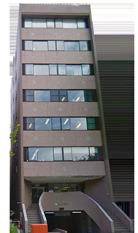 「西11丁目」駅徒歩2分、大通公園沿い7階建オフィスビル【一棟貸】賃料330万円/月