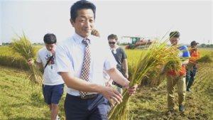 北海道青农参访太保有机米田称台湾农民辛苦