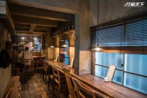 迷路隐蔽巷弄,藏在二楼的神秘咖啡店