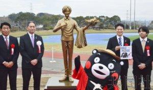 熊本地震灾区陆续设置《海贼王》登场人物铜像
