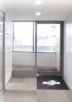 電気を使わない自動ドア「ミーモ」【連載:アキラの着目】