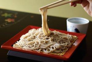 """调查:日本吃""""过年荞麦面""""的人约占9成 圣诞节晚餐买回家吃"""