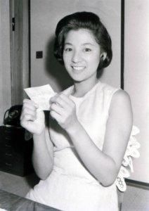 老牌女星青山京子抗癌两年奋战病魔仍不幸逝世享寿84岁