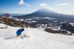 在北海道来场雪上冲浪!