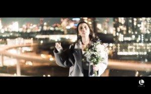 具荷拉遗作「Hello」MV曝光生前最爱东京夜景