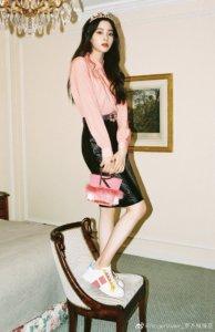 时尚星二代的华丽对决!欧阳娜娜清新甜美、Elly天生超模脸、木村光希美貌与气场兼具