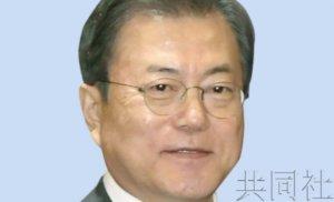 韩总统文在寅敦促日本就劳工问题做出应对