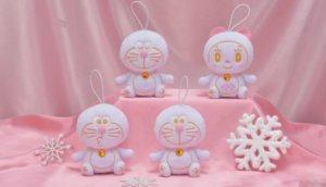偷噘嘴「粉雪哆啦」娃娃可爱爆!日本SEGA 限定哆啦A梦,不抢就没了