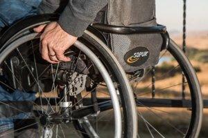 日本中央省厅实现残障者雇用率达标
